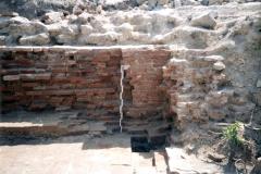 Рис. 5. Царёвщинский мавзолей. Кирпичная кладка стены склепа. Вид с запада