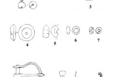 Рис. 8. Царёвщинский мавзолей. Находки из детского погребения (2, 10) и разрушенных погребений. 1 – золото, жемчуг; 2 – золото; 3, 4 – сердолик; 5-7 – стекло; 8, 9 – бронза; 10 – бронзовая нить