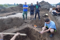 Раскопки могильников Криволучье-Ивановка I и Новопушкинское I. Фото 1.