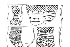 Рис. 12. Подгорное. Керамика марьяновско-маклашеевского типа (1-11, 14-17) и изделия из бронзы (12-13).